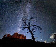 We arrived right as the moon was setting and Milky Milkerton was rising all giddy and ready to party. Please don't forget to vote at @woodscapeprints for my night photo contest entry.  Sedona Arizona  ___________________________________ Canon 28mm @ 2.8 25 seconds at ISO 6400  ___________________________________ Walk on this side for a while if you can Turn on the smile as we talk if you want Speak your insides to my head for some time  I sit by your side as you sleep for a while Your…