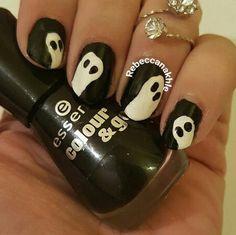 "هذه #أظافر اليوم  Ghost Nail Art using Essence-Colour & Go #144 in ""Black is Black"""