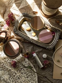 Jane Iredale - The Good Glow summer makeup collection | Take a closer look on TLV Birdie Blog