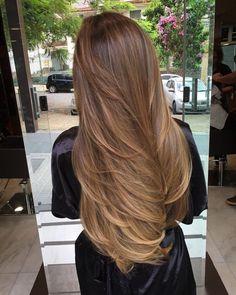 Blonde Hair Looks, Brown Blonde Hair, Light Brown Hair, Light Hair, Honey Brown Hair, Blonde Layers, Balayage Hair Blonde, Aesthetic Hair, Long Hair Cuts