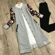 Uzun hırka , – 2020 Fashions Womens and Man's Trends 2020 Jewelry trends Abaya Fashion, Muslim Fashion, Fashion Wear, Modest Fashion, Fashion Dresses, Islamic Fashion, Modest Dresses, Stylish Dresses, Trendy Outfits