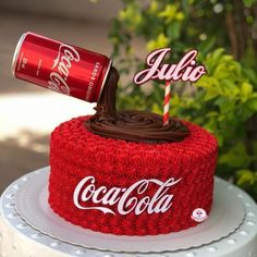 Coca Cola Birthday Cake 🍰 Seems like a fun idea. Tag your ❤️ friends. Coke Cola Cake, Coca Cola Party, Boys 18th Birthday Cake, Anti Gravity Cake, Anniversaire Star Wars, Cake Decorating Tips, Creative Cakes, Occasion Cakes, Themed Cakes