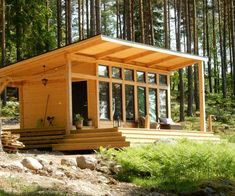 Attefallshus Lindköping I — Swedish Timber Frame Tiny House Cabin, Tiny House Plans, House Floor Plans, Tiny House Bathroom, Tiny House Movement, Paint Colors For Living Room, Construction, Cabin Plans, Mid Century House