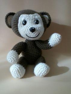 monito al crochet gracias a clasesdetejido ♥