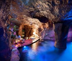 Indoor Pool Grotte