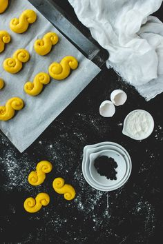 Saffron buns food styling photography Saffransbullar Lussekatter Lucia