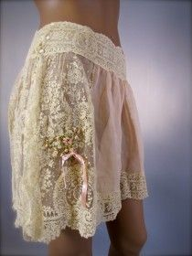 An Exquisitely Feminine French Brussels Lace & Silk Chiffon Tap Pants Panties