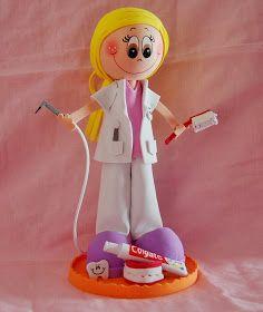 Fofuchas personalizadas, confeccionadas artesanalmente en goma eva. Haznos tu pedido, tu imaginación es nuestro limite All Craft, Foam Crafts, I Party, Dental, Dolls, Disney Princess, Disney Characters, Nuevas Ideas, Pasta