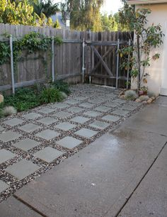Pretentious Front Yard Rock Garden Landscaping Ideas - Page 29 of 69 Patio Design, Garden Design, Small Backyard Patio, Backyard Ideas, Patio Ideas, No Grass Backyard, Diy Patio, Patio Transition Ideas, No Grass Yard