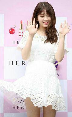 Somi__Jeon_Somi__Ennik_Somi_Diuma Jeon Somi, Snsd, Cute, Beauty, Dresses, Fashion, Haha, Vestidos, Moda