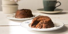 Victoria Glass shows how to make gluten-free chocolate fondants (cakes)