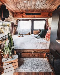 I live in a van to experience new places without having to choose just one. I li… I live in a van to experience new places without having to choose just one. I live in a van because I dont want to pay rent. I live in a van because it feels like home. Bus Living, Tiny House Living, Diy Interior, Interior Design, Design Design, Kombi Home, Van Home, Campervan Interior, Ideas Hogar