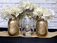Super Ideas For Birthday Table Ideas Mason Jars 50th Wedding Anniversary Decorations, Birthday Table Decorations, Anniversary Parties, Anniversary Ideas, Mason Jar Party, Gold Mason Jars, Painted Mason Jars, Black And Gold Centerpieces, Wedding Centerpieces