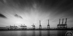 Hamburger Hafen. Mehr Bilder unter: http://www.backlightphotography.de/my-product/hamburg/