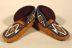 Beaded Moccasins 5 - Beaded Moccasins, Seed Bead Earrings, Beading, Espadrilles, Footwear, Sandals, Clothing, Flowers, Crafts