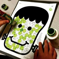 Make Frankenstein and Pumpkins masterpieces in speech therapy! 2 Dot art pages for every sound to use for articulation therapy and/or speech homework! NO PREP!