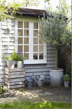 esterno case e interni - casa di vacanza in giardino UK (11)_thumb[1]
