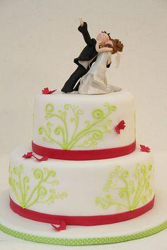 ... Die perfekte Hochzeitstorte: moderne Hochzeitstorten mit Blumenmotive