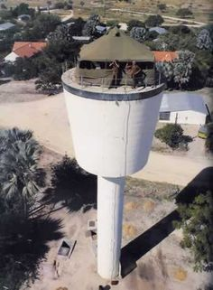 Water tower Ondangwa And I was there. South African Air Force, Army Day, Air Traffic Control, Defence Force, Military Pictures, Military Service, Water Tower, African History, West Africa