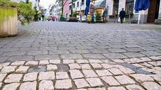 Erkrath: Neue Pflastersteine für die Bahnstraße 2013