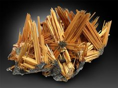 #Rutile #Hematite Novo Horizonte, Bahia, Brazil Rocks And Gems, Rocks And Minerals, Minerals And Gemstones, Mineralogy, Stones And Crystals, Bahia, Mineral Stone, Rock Flowers, Virtual Museum