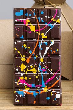 5 Fancy Chocolate Bars That Look As Good As They Taste #refinery29 http://www.refinery29.com/chocolate-bars#slide2