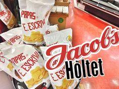 Ny  pakning. Kom på Jacob's Holtet. Snack Recipes, Snacks, Chips, Food, Snack Mix Recipes, Appetizer Recipes, Meal, Potato Chip, Eten