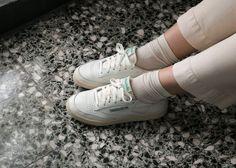 Sneakers outfit women reebok 19 Ideas for 2019 Cute Sneaker Outfits, Sneakers Fashion Outfits, Dress With Sneakers, Reebok Club C Vintage, Club C 85 Vintage, Reebok C85, Reebok Classic C 85, Reebook Club C 85, Rebook Shoes