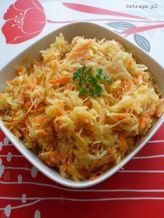 surówka z kapusty kiszonej Healthy Salads, Healthy Recipes, Polish Recipes, Polish Food, Salad Recipes, Macaroni And Cheese, Cabbage, Food And Drink, Rice