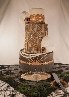 2014- The Year of The Great Gatsby Themed Wedding  #weddingcake #GreatGatsby #Glamour