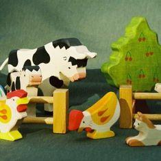 Holztiger Bauernhoftiere
