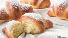 Thermomix brioche croissants with yogurt, recipe for tasty croissant with yogurt brioche dough, very easy to make with thermomix Thermomix Bread, Croissant Brioche, Brioche Bread, Yogurt, Dessert Thermomix, Nutella Crepes, No Sugar Foods, Chocolate Cheesecake, Gourmet