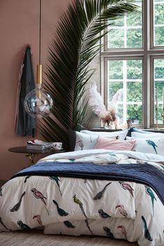 Pink bedroom with birds bedding