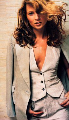 Mario Testino for American Vogue, November 1996. Clothing by Gucci.