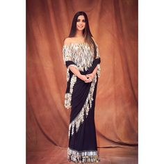 Isha Ambani , Shloka Mehta and Radhika Merchant Come Together To Cheer For Abu Jani Sandeep Khosla Completing 33 Years In Industry - HungryBoo Royal Indian Wedding, Stylish Sarees, Fancy Sarees, Indian Sarees, Blouse Designs, Indian Fashion, Amazing Women, Cool Outfits, Fashion Show