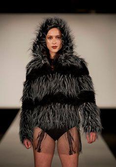 Lonely Heart, Festival Fashion, Girlfriends, Seal, Fur Coat, Club, Collection, Fur Coats, Fur Collar Coat