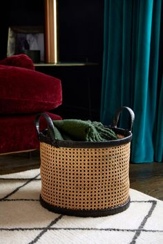 Basket in braided rattan with straw details. Two handles at top. Diameter 13 in., height 11 in. Rattan Basket, Wicker, Baskets, Rattan Lamp, Schwarz Home, Basket Lighting, Poppy Delevingne, H & M Home, Light Beige