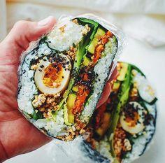 クッキングパパもびっくり#わんぱくおにぎらずって何 Bento Recipes, Healthy Recipes, Onigirazu, Asian Soup, Food Concept, Food Design, World Recipes, I Foods, Asian Recipes
