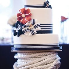 An elaborate affair showcased the couple's love for the ocean with meticulous details, nautical blue/red colour palette.