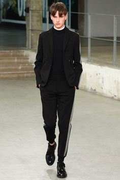 Carven Spring 2015 Menswear Fashion Show