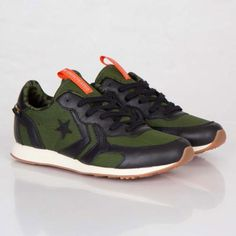 UNDEFEATED × CONVERSE AUCKLAND RACER BLACK/RIFLE GREEN-ORANGE #sneaker