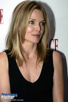 Michelle Pfeiffer, My Fair Lady, Most Beautiful Women, Beautiful Pictures, Portraits, Icons, Poses, Actresses, Stars