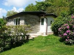 Holiday cottages set within 14 acres of secluded, private land close to the beach at Crackington Haven, near Bude. Sleep up to 4. pets welcome.