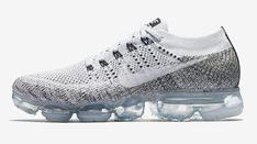 Nike Air VaporMax Flyknit Oreo Nike Vapormax Flyknit, Air Max 90, Basket Nike, Nike Air Vapormax, Sneakers Fashion, Shoes Sneakers, Nike Shoes, Fashion Shoes, Fashion News
