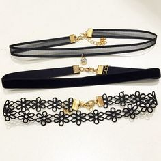 Adorable daisy chokers pack from @shopebbo @shopebbo Tag your friends and get these from @shopebbo @shopebbo www.shopebbo.com Follow @shopebbo