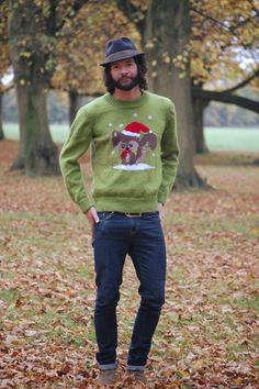 Squirrel Christmas Jumper Knitting Pattern #knitting #christmas #jumper