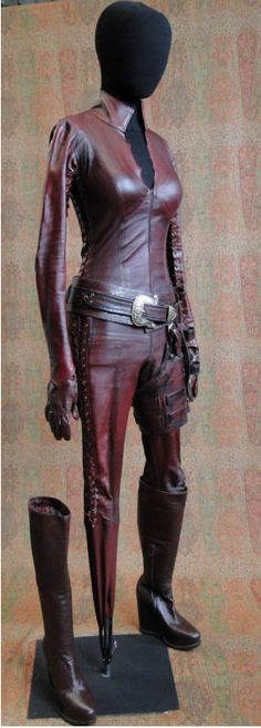 Mord-sith suit from Legend of the a seeker