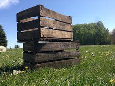 #caisse #crate #apple #collection #bois #etagere #mobilier #diy #meuble #vintage