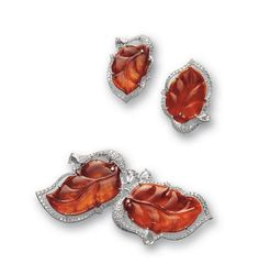 CARVED RED JADEITE 'LEAF' AND DIAMOND BROOCH AND PAIR OF MATCHING EAR CLIPS