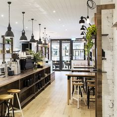 Lucky Penny Café Restaurant by Biasol: Design Studio, photo: Martina Gemmola In the heart of Chapel Street, South Yarra, one of Melbourne's prominent Design Café, Design Studio, Store Design, Café Restaurant, Restaurant Design, Cafe Bar, Commercial Design, Commercial Interiors, Deco Pizzeria
